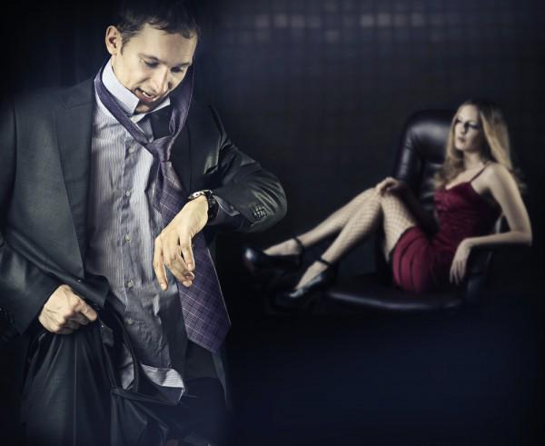 chem-mozhno-zainteresovat-transvestitu