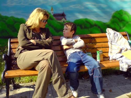 мама заставила своего сына трахатся с ним