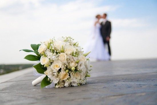 Зачем невесте белое платье