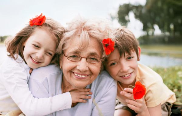 Ребенок живет с бабушкой - необходимость или нарушение зоны ответственности?