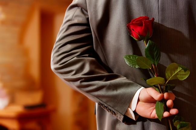 фото женскими руками мужчине приятное