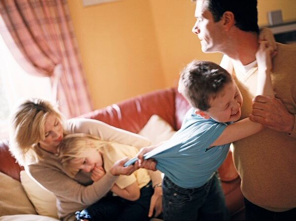 вот Бракоразводный процесс с ребенком недели проводил