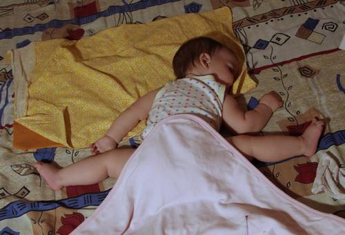 Видеть во сне своего младенца на руках