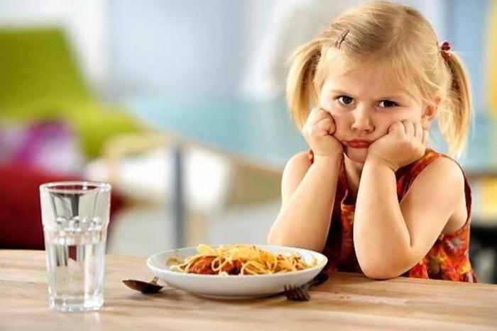 Дочь мало кушает (2)