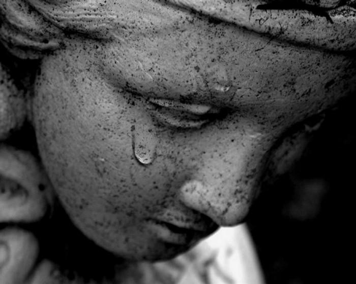 Картинки слезы грусть боль
