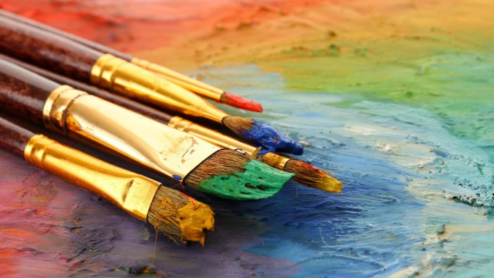 Картинки по запросу Художником он стал просто потому, что после школы надо было