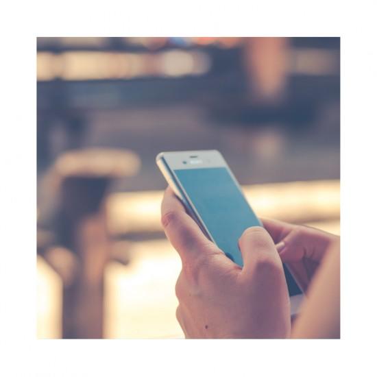 Ребенок «завис» в смартфоне? Он берет пример с вас!