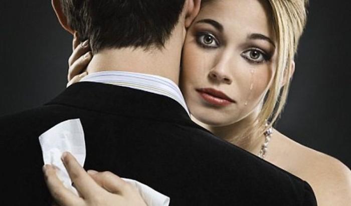 18 признаков манипуляций в отношениях