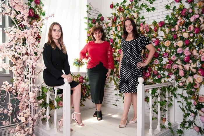 Фототерапевтическая группа Цветущая орхидея Команда ведущих И несколько личных фото
