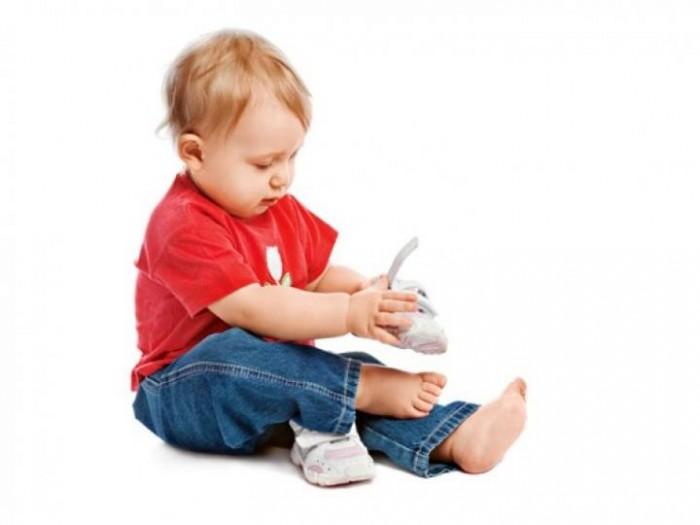 Развитие детей ребенок начинает ходить
