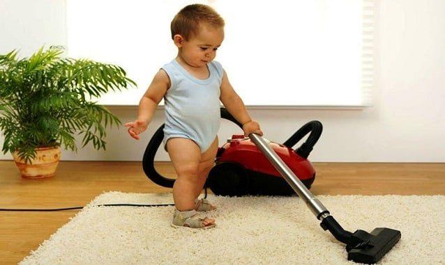 Развитие детей: ребенок начинает ходить (2)