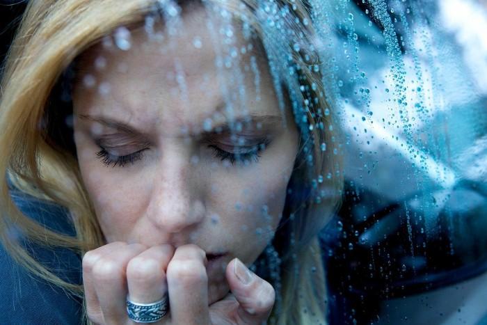 Депрессия достала А Вы знаете что происходит с Вашим организмом осенью
