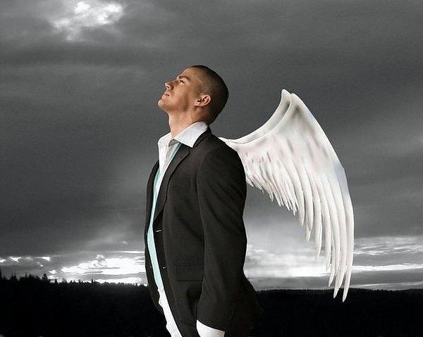 фото с крыльями за спиной интересное