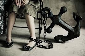 Кто кому мама О психологической смене ролей и трагедии детей на которых возложили родительские роли
