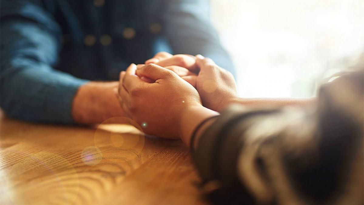 Главный принцип терапевтического общения безусловное принятие с опорой на душевный потенциал