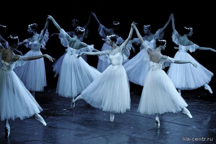 Танцующие призраки. По ту сторону жизни. По ту сторону любви и женственности